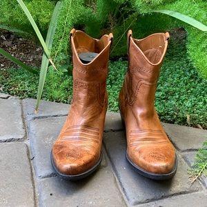 FRANCO SARTO Waco Cowboy Ankle Boots Women's 8 EUC